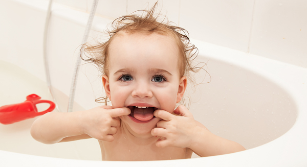 Essential Tooth Tips for the Parents of Infants & Toddlers